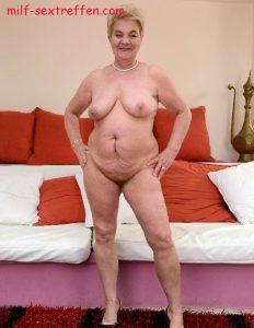 Oma aus Rostock sucht intime Fickbeziehung