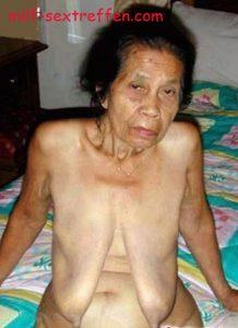 Besuche eine Oma zum ficken im Altenheim