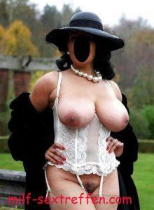 Reife Frau aus München braucht jungen Schwanz
