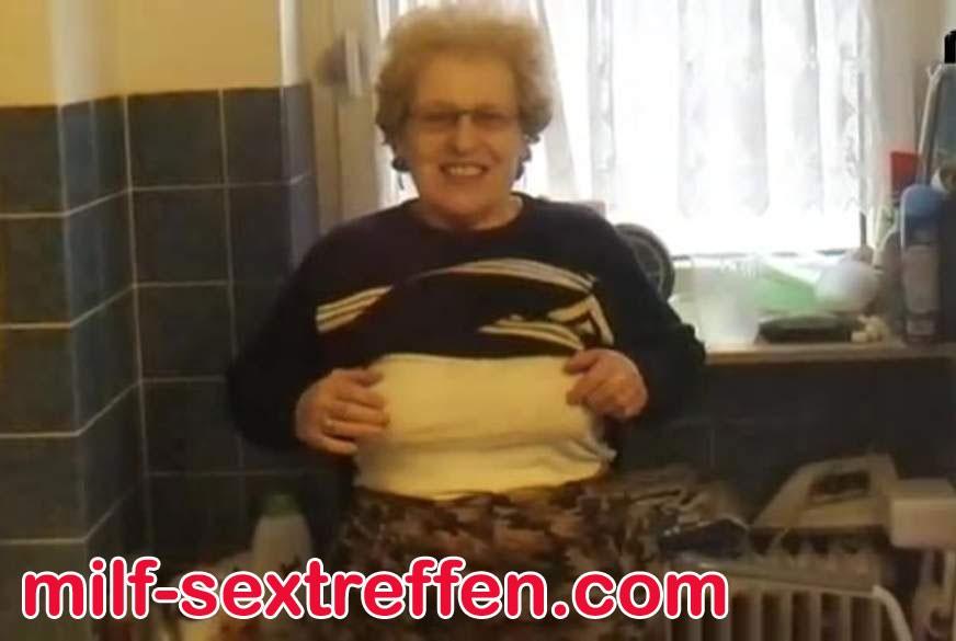 Heiße Oma aus NRW hat noch Spass am Sex